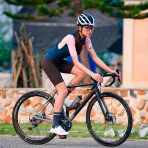 carnivalbikes-tricota-URBAN-Chechen-BluePink-Women-monton-chile-azul-rosado-mujer-mtb-ruta-triatlon-modelo